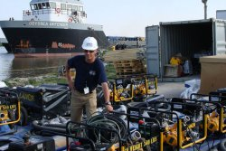 Fred Larsen inspecting pumps and powerpacks prior to Gulf of Mexico oil spill operations. © Lamor Corporation Ab  (photo: Elena Tiihonen)