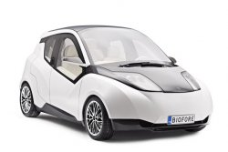 The Biofore Concept Car drives sustainable change through innovative use of biomaterials.© UPM (photo: Industrial News Service)