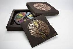 The Origin Box is made of three kinds of paper material, of which two, Invercote and Incada, are made by Iggesund Paperboard.© Iggesund (photo: Rolf Lavergren, www.bildbolaget.nu)