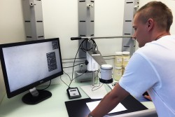 <p>Swiss Mill using Speck Counter app for TAGARNO digital microscopes</p> (photo: )