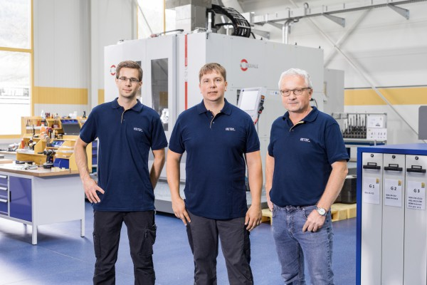 <p>Figure 5 shows from right to left side Friedhelm Herhaus, Managing Director, Christoph Schneider, Group Leader Milling Technology, and Tom Herhaus, Applications Engineering/Operator, all from machining service provider HETEC GmbH</p>