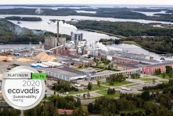 <p>Iggesund Paperboard's Swedish Mill is a top performer among the more than 65,000 assessments made by EcoVadis. The mill has been awarded Platinum level, which means they are among the top 1 percent of all companies that have been assessed.</p> (photo: Rolf Andersson)